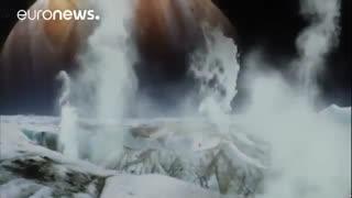 فوران آب از سطح قمر مشتری