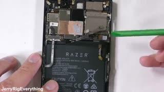 کالبد شکافی گوشی گیمینگ Razer Phone