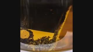 تست مقاومت آیفون ۷ در برابر اسید