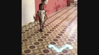 استعداد باور نکردنی این کودک در فوتبال