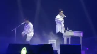 GOT7 JB & Youngjae این اجرا و این آهنگ فوق العاده از جی بی و یونگجه رو تقدیم میکنم به همه کیپاپرا( آخرش گریشون میگیره) HBD JB