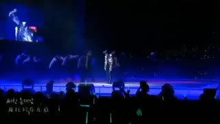 کنسرت گروه شاینی اجرای زیبای  اهنگ Evil در  SHINee WORLD III In Seoul