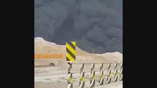 آتش سوزی مخزن قیر در بندرعباس