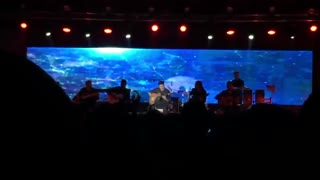 کنسرت محسن یگانه - پا به پای تو