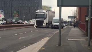 دلیل ترافیک در منچستر