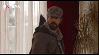 فیلم برادرم خسرو : سکانس خوانندگی در خیابان