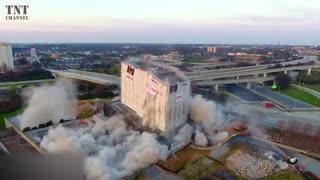 تخریب ساختمان های بزرگ