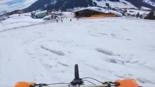 دوچرخه سواری هیجان انگیز در کوه های سغید اتریش