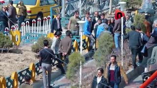 واکنش مردم  ایران به نماز خواندن در خیابان