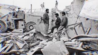 زمانی که تهران زیر آتش دشمن میسوخت