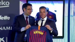 مراسم کامل معارفه آرتور ملو بازیکن جدید بارسلونا