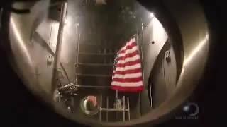 آزمایش اهتزاز پرچم در شرایط خلا