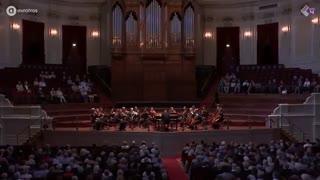 موتزارت -  اجرای زنده سمفونی شماره 12