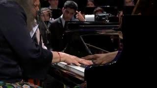 مارتا آرگریچ - پیانو کنسرتو شماره 1