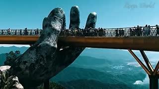 پلی شگفت انگیز در ویتنام شبیه آنچه در فیلم ارباب حلقه ها دیده ایم