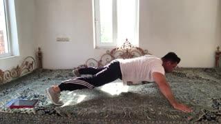 حرکات شکم و پهلو star plank  توسط مهدی میرزایی  از سایت http://trxplus.vip/