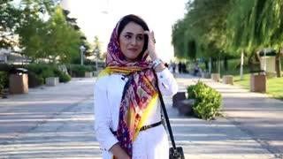 واکنش های مردم به دیدن بزرگترین پرچم عزای ایران