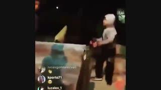 فیلم کتک خوردن لیندزی لوهان در خیابان