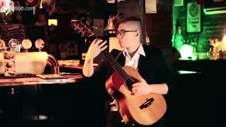 اجرای فوق العاده قطعه گیتار بیلی جین از مایکل جکسون