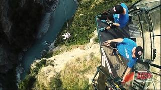 سقوط از ارتفاع 109 متری با صندلی
