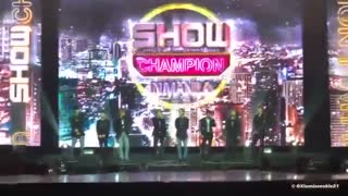 کات کامل اکسو در Show Champion in Manila (October 28, 2018)